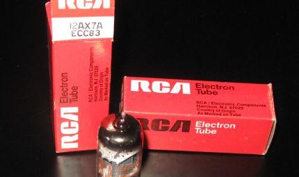 RCA 12AX7A / ECC83 - RCA