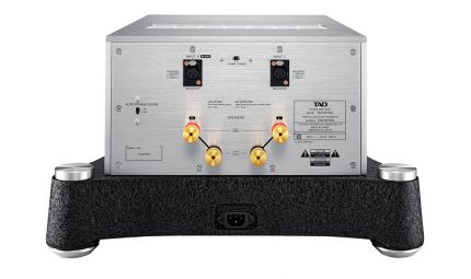 TAD REFERENCE Power Amplifier M700 / M700S - TAD